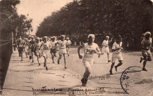 Runners-in-the-Stockholm-Olympics-1912